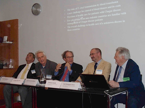 "Speakers at the Round table ""Tropical Medicine and Global Health : how to walk side by side"", one of the Commemorative Events of the Centennial of the I International Congress on Tropical Medicine, held in Copenhagen, Denmark during the 8th European Congress on Tropical Medicine and International Health. From the left to the right, Eduardo Gotuzzo (Peru), Thomas Junghanss (Germany), Cláudio Tadeu Daniel-Ribeiro (Brazil), Francesco Castelli (Italy) and José Rodrigues Coura (Brazil)."